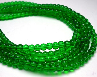 80 Green Glass Beads 4mm (H2269)