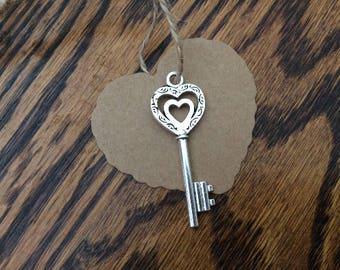 50 Silver Skeleton Keys, Heart Skeleton Key Wedding Favor, Baby Shower Favor, FREE Heart Tags & Twine