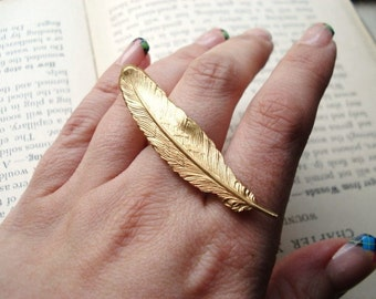 Feather Ring, Gold Brass Feather, Double Finger Ring, Statement Ring, Adjustable Ring, Quill, Bold Jewelry, Statement Jewelry, Plume