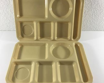 Vintage SiLite 614 School Lunch Cafeteria Serving Trays Divided Picnic Plastic Lot of 2