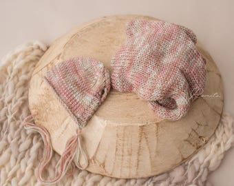 Newborn bonnet and wrap photography prop