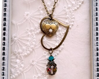 Boho chic Czech glass necklace Locket pendant Heart pendant Vintage inspired necklace