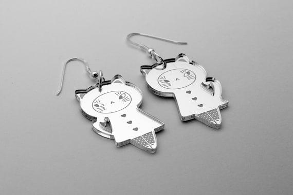 Cat doll earrings - kawaii kitten earrings - matriochka jewelry - kokeshi jewellery - sterling silver findings - lasercut acrylic mirror