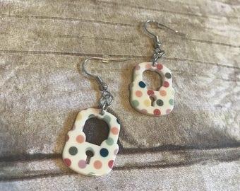 Pastel polkadot lock earrings, lock earrings, polkadot pattern