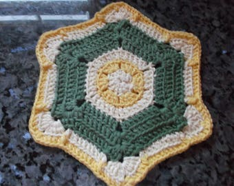 HOT PAD HANDMADE Crochet green/yellow