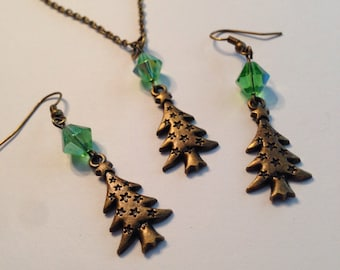 O Christmas Tree, christmas tree earrings, tree earrings, holiday jewelry, christmas tree jewelry, christmas tree