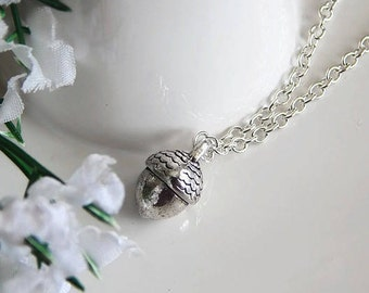 Acorn Necklace, Acorn Pendant, Silver Acorn Charm Necklace, Woodland Necklace, Nature Lovers Gift, Acorn Jewelry