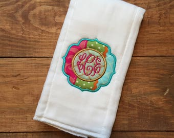 monogrammed burp cloth, baby shower gift, monogrammed baby shower gift, personalized burp cloth, embrodiered burp cloth