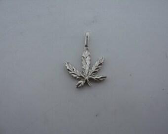 Diamond Cut Weed Plant Charm (JC-123)