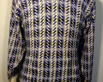 FREE   SHIPPING     !990's Burberry's of London Sweater