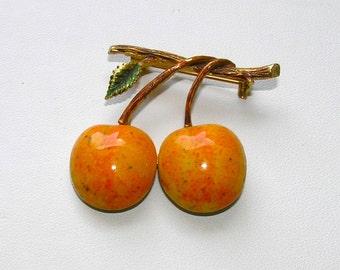 """Signed """"Rene"""" Vintage Enameled Golden Apple Figural Pin"""