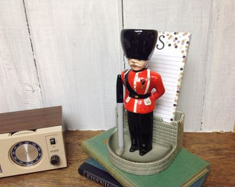 British Queens Guard note pad and pen holder