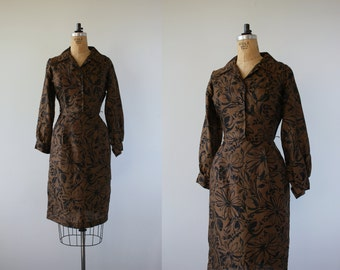 1950s vintage dress / 50s brown black floral print dress / 50s silk dress / 50s floral silk dress / 50s brown dress / 50s wiggle dress / L