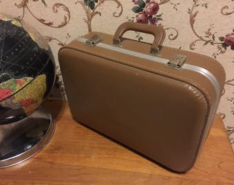 Small Brown overnight - Make Up Case - train case