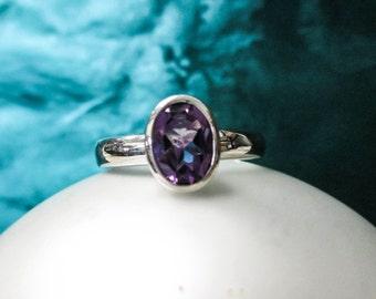 ONE STERLING Silver Oval Amethyst Ring Bezel Set