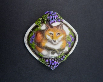 Red fox resin scrimshaw technique pin/pendant Moosup Valley Designs