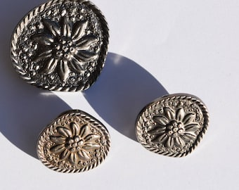 Set of 3 pcs Vintage metal buttons silver edelweiss flower