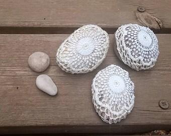Lace Stone, Wedding Favors, Stone Gifts, Lace Stone, Pebble Art, Lace Rock, Crochet Stone, Door Stop, Shabby Chic Pebble, Crochet Rock.