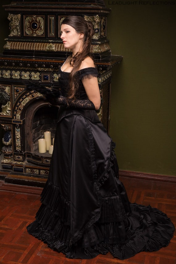 Black Victorian Bustle Dress 1880s Ball Outfit Black