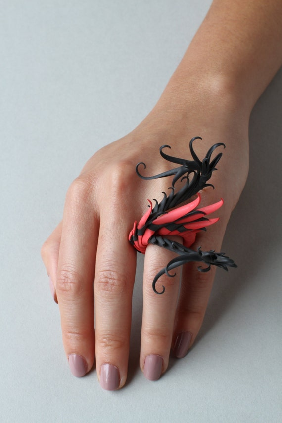 CUSTOM - Wagner Ring with soft black & red spikes