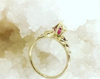 Talisman Ring in Gold