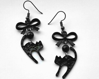 Gothic earrings, cat earrings, pagan earrings, gothic jewellery, black earrings, gothic gift, Sterling silver earrings, Kitsch earrings