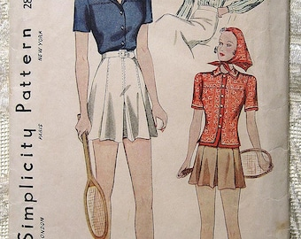 Vintage 30s 40s Sport Set Pleated Tennis Shorts Skort. Simplicity Sewing Pattern 2802.  Size 14