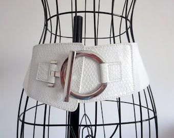 White belt Elastic belt Waist belt Vintage belt Silver belt buckle Wide belt Women belt Leatherette Belt for women White coconut Womens belt