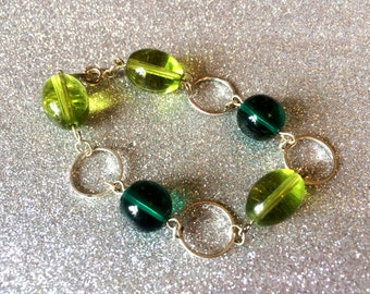 Bracelet Lime Green Glass Oval and Dark Green Glass-Handmade Bracelet-Gifts for her-Ladies Jewellery-Gifts for Women
