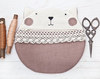 Cat Linen Cosmetics Bag, Cute Gifts for Her, Beige Makeup Bag, Cat Lover Gift, Lace Zipper Pouch, Cat Pencil Case, Makeup Organizers