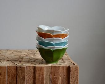 Six Vintage Stacking Lotus Bowls / White, Green, Blue and Orange Japanese Lotus Bowls / Stacking Ceramic Bowls Made in Japan
