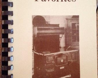 Jamesport Kuntry Favorites - Amish cookbook from 80's