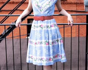 Vintage 1950s Cotton Floral Print Dress XS S - Garden Party - Full Skirt