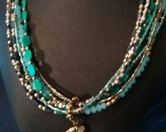 Turquoise Arrowhead Stand Necklace