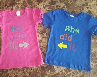Jumeaux, jumeaux chemises, frères et soeurs T-shirts, il l'a fait, elle l'a fait, T-shirts, chemises, chemises enfant en bas âge pour bébé