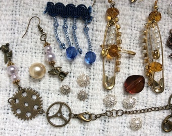 Mix of Steampunk Charms and Spare Bits for Craft, Sewing, Scrapbooking, Cogs, Beads, Chain.