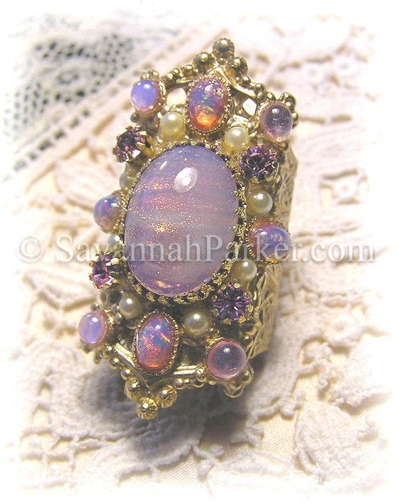 Victorian Romantic Rococo Filigree Ring - Lavender Glittering Art Glass Lilac Fire Opals - Marie Antoinette Style