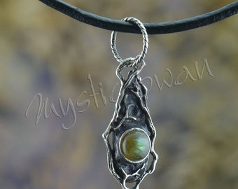 Woodland Themed Teardrop Shaped Pendant with Labradorite Stone