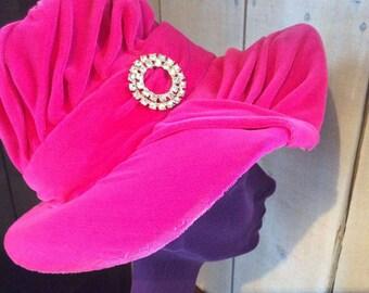 1960's pink velvet hat - Women's vintage hat - Chic hippie style hat - Austin powers style