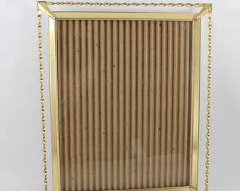 Vintage 8 x 10 Ornate Gold Twisted Metal Picture Frame