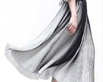 black and white stripe blue and white stripe  pleated wrinkle chiffon fabric by yard for  dress skirt