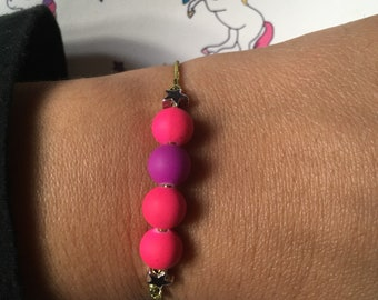 Gold elastic thread, beads Silver Star bracelet bright pink and purple beads