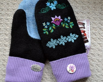 Wool Mittens. Handmade recycled wool sweater mitten, Fleece Lined, Embroidered FLOWERS, Patchwork, Christmas gift, Ladies wool gloves