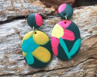 Klay By Pia     The Floral Dangle Earring     Dark Green, Yellow, Pink, Blue