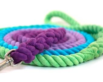"Range Rope Dog Leash ""Crush's Rainbow"" in peacock, turquoise, lilac, deep purple"