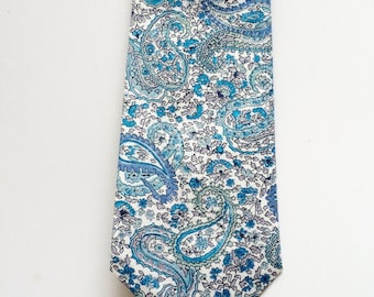 SHIPS IMMEDIATELY, Blue skinny tie, paisley, light blue, men's tie, skinny tie, liberty print, necktie, christmas gift, groomsmen tie