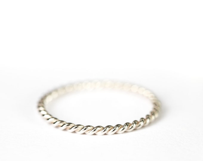 Rope ring - silver twisted band - twisted ring - wedding band - women wedding band - silver ring - men's band - jewelry gift
