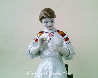 "Porcelain figurine ""Loves - no loves""-vintage figurine-soviet porcelain- soviet vintage-collectibles-russian porcelain-figurine-home decor"