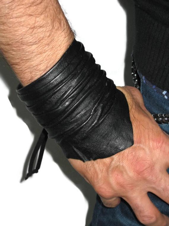 Men's Black Leather Cuff Bracelet Wristband Unisex