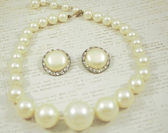 Vintage Jewelry Set Pearl Jewelry Set Pearl Necklace Pearl Earrings Brides Wedding Jewelry Vintage Jewelry Costume Jewelry Brides Necklace